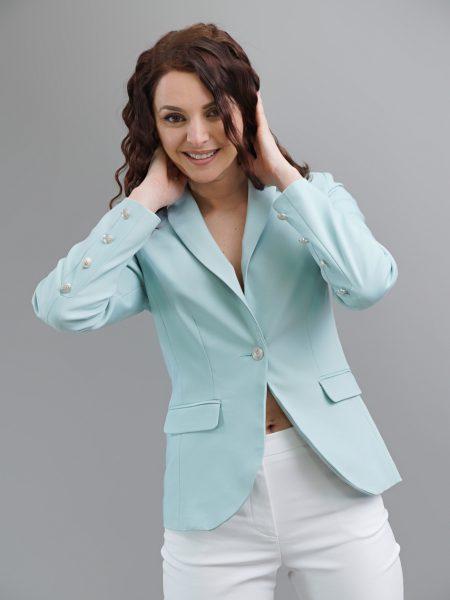 вталено сако в цвят минт