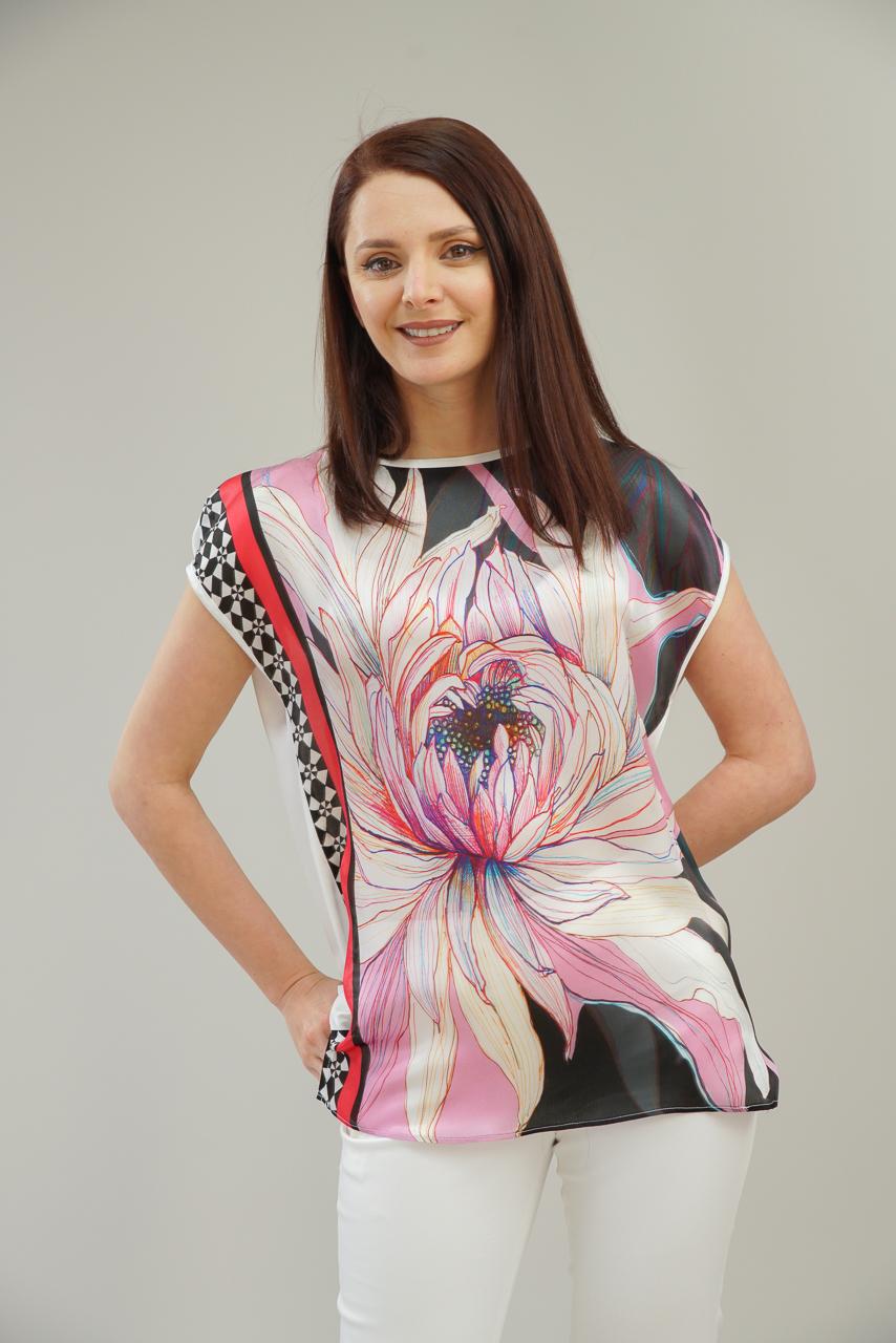 Блуза от коприна със свободен силует
