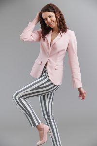 Дамски панталон сиво и бяло райе
