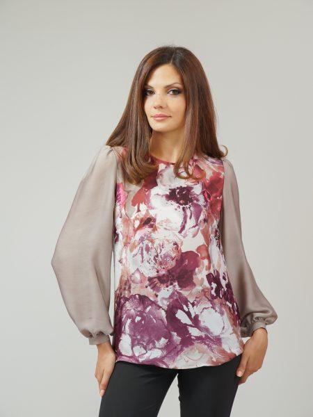 блуза с цветя