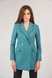 палто в цвят аква